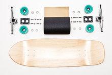 Old-school-skateboard-compleet-33.125-x-10